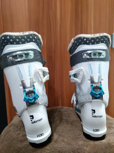 96b6d322a99 Prodám Dámské lyžařské boty Salomon NOVÉ - Královéhradecký kraj