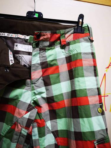 Zimní kalhoty značky Burton